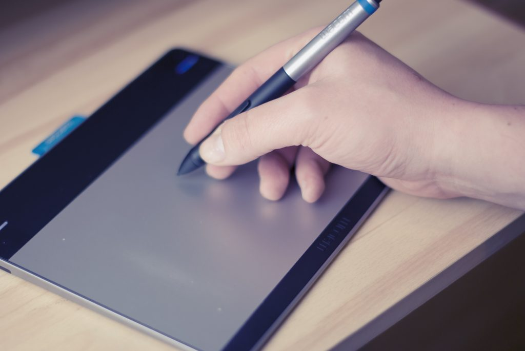 You need a writing tablet to become an online tutor